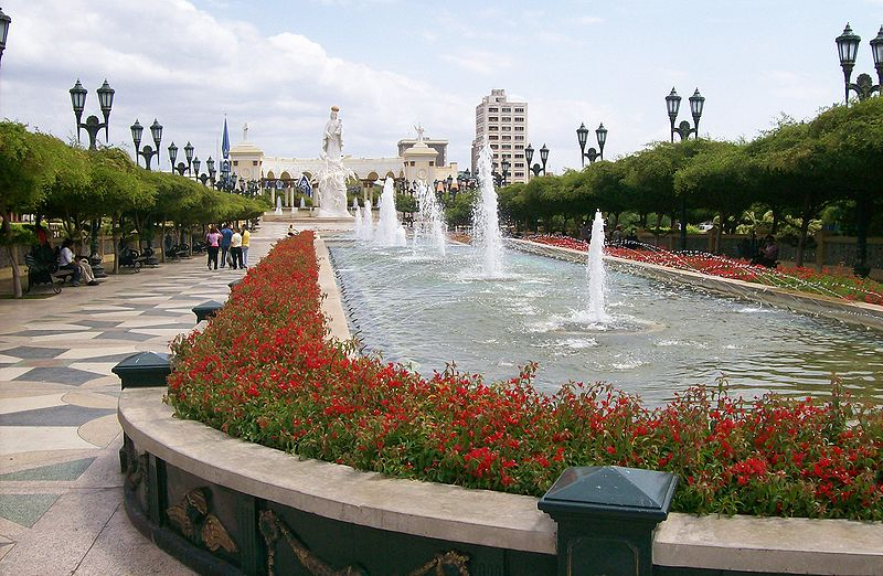 800px-Monumento_a_la_Chinita.jpg